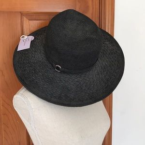 NWT Nine and Co by Nine West Grey Sunhat